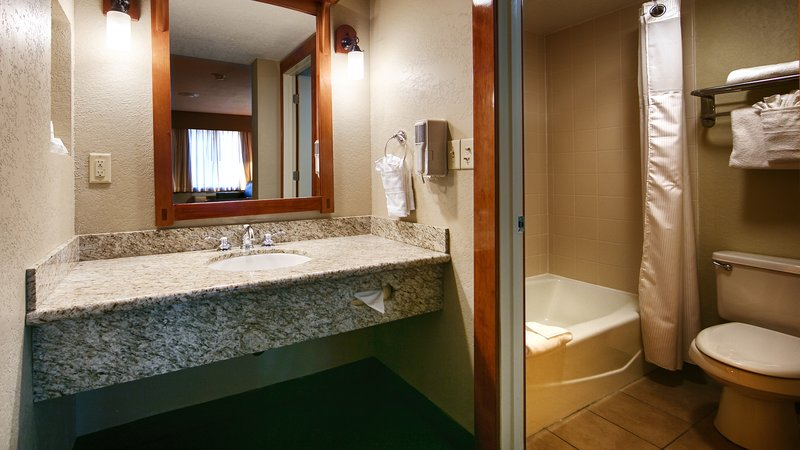 Best Western Plus High Country Inn-Bathroom<br/>Image from Leonardo