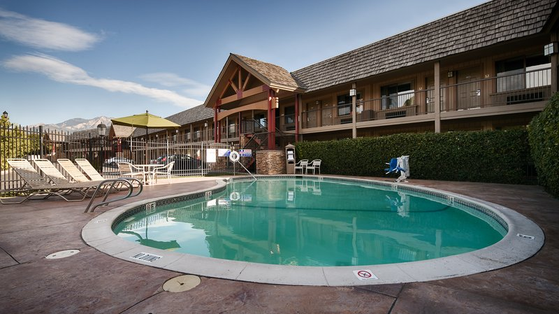 Best Western Plus High Country Inn-Pool<br/>Image from Leonardo