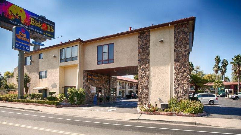 Best Western Sandman Motel-BEST WESTERN Sandman Motel<br/>Image from Leonardo