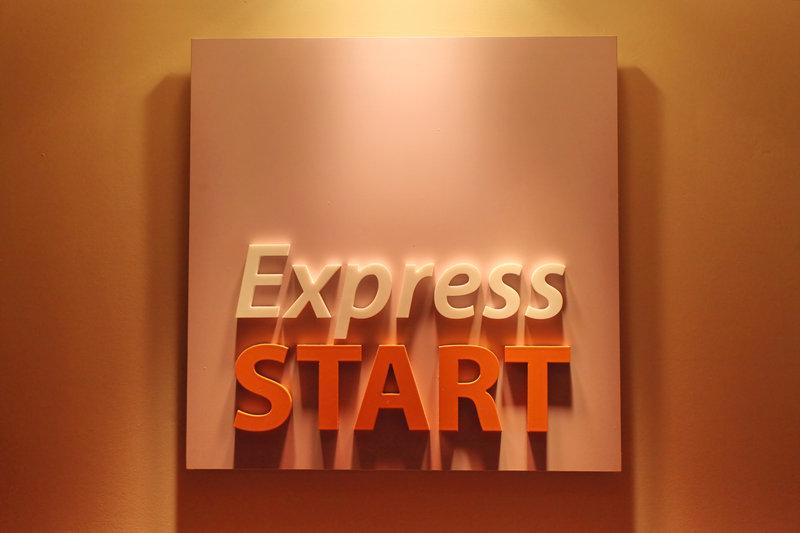Holiday Inn Express Redditch-Buffet<br/>Image from Leonardo