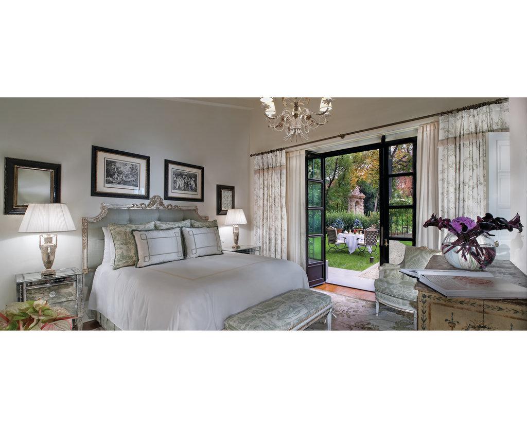 Four Seasons Firenze Hotel-Villa Garden Suite<br/>Image from Leonardo
