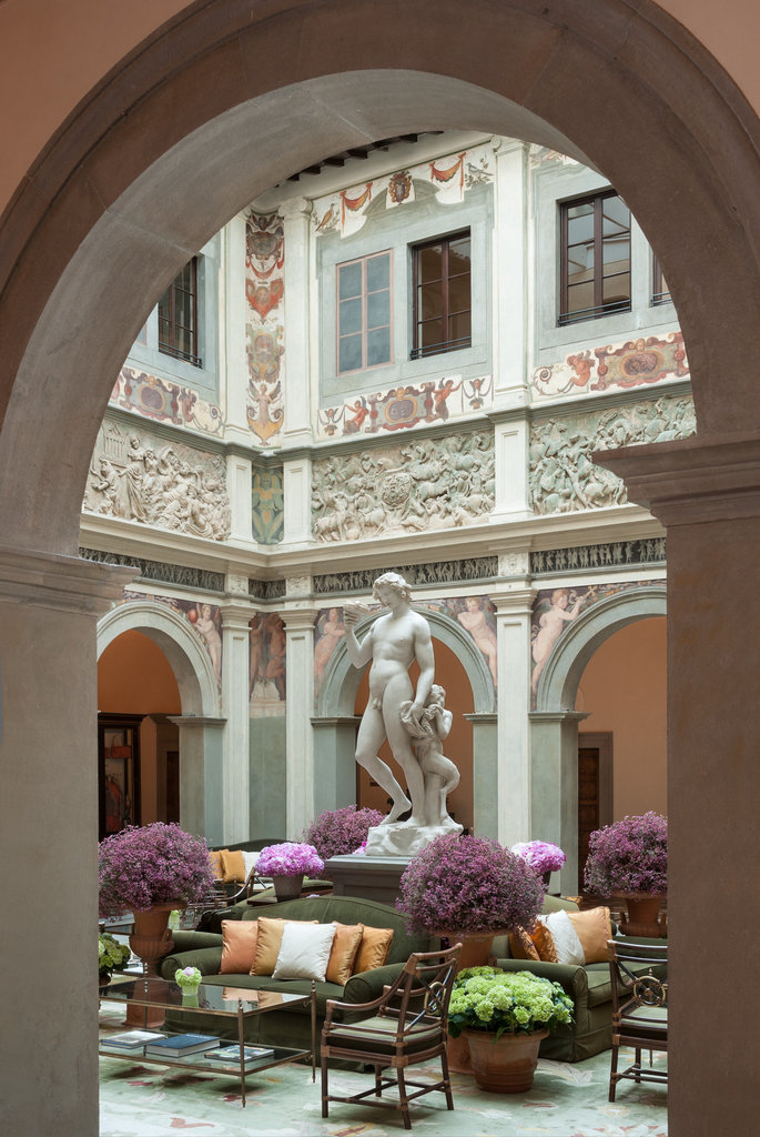 Four Seasons Firenze Hotel-Palazzo Lobby<br/>Image from Leonardo