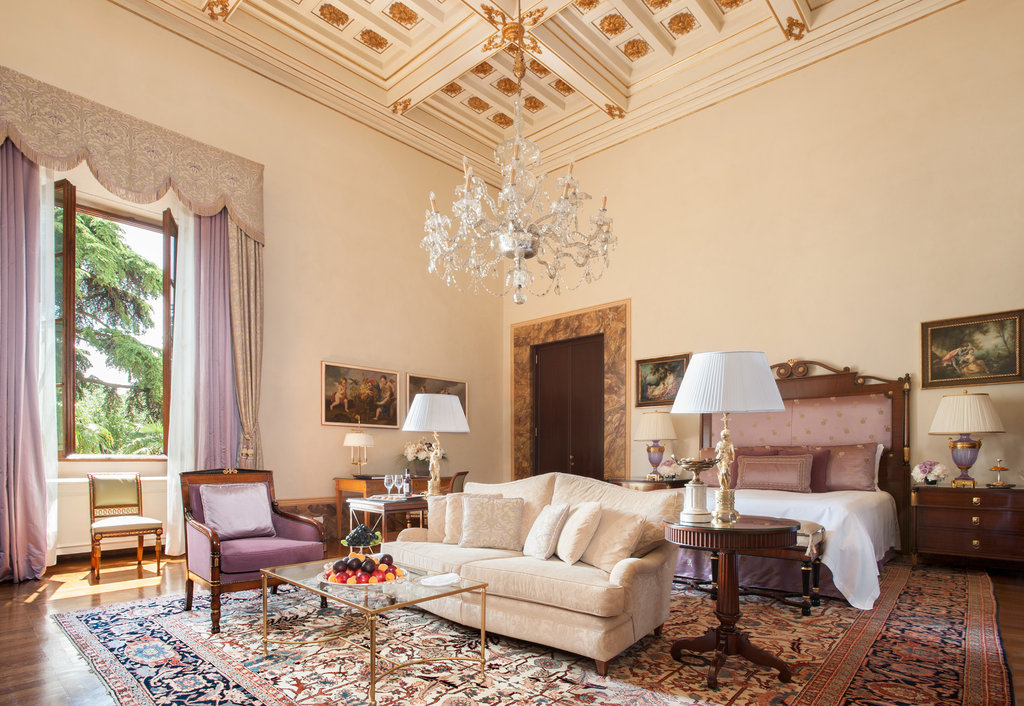 Four Seasons Firenze Hotel-Gallery Suite Sangallo<br/>Image from Leonardo