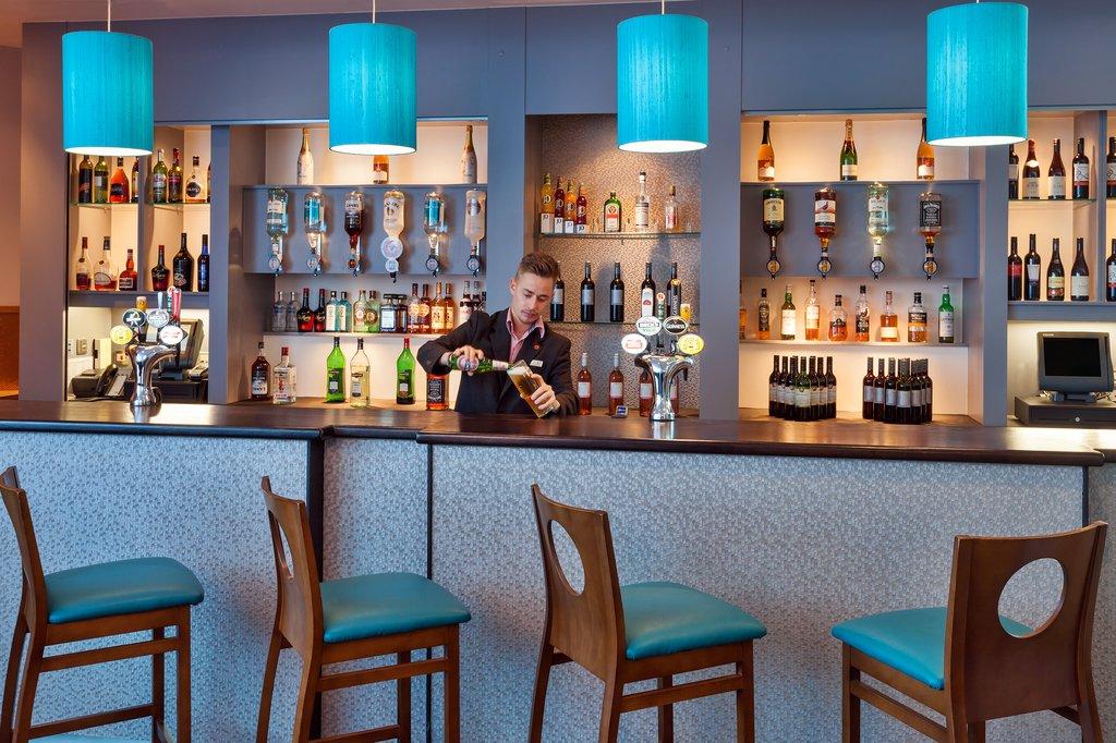 Jurys Inn Plymouth-Bar With Bar Man<br/>Image from Leonardo
