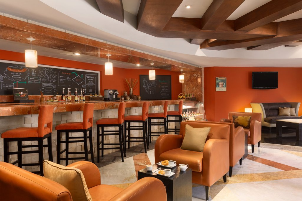 Hilton Playa del Carmen  - The Royal Playa Del Carmen Coffee House <br/>Image from Leonardo