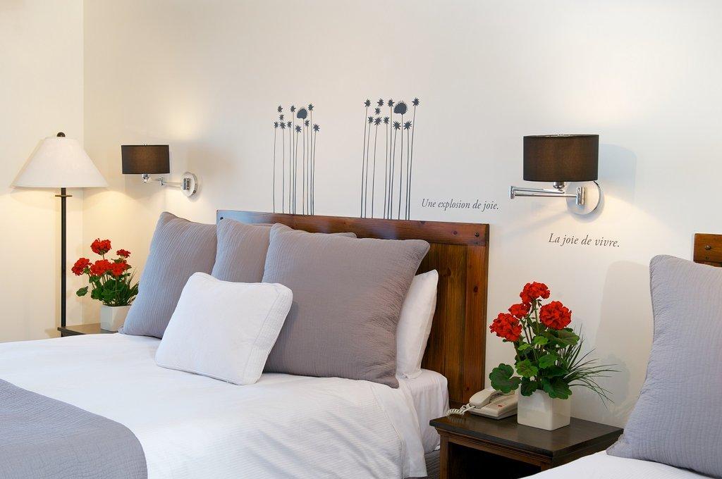 Auberge Du Lac Taureau-Guest room<br/>Image from Leonardo
