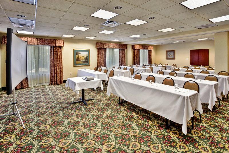 Holiday Inn Ann Arbor Univ Michigan Area-Victors Ballroom Classroom Set Up<br/>Image from Leonardo