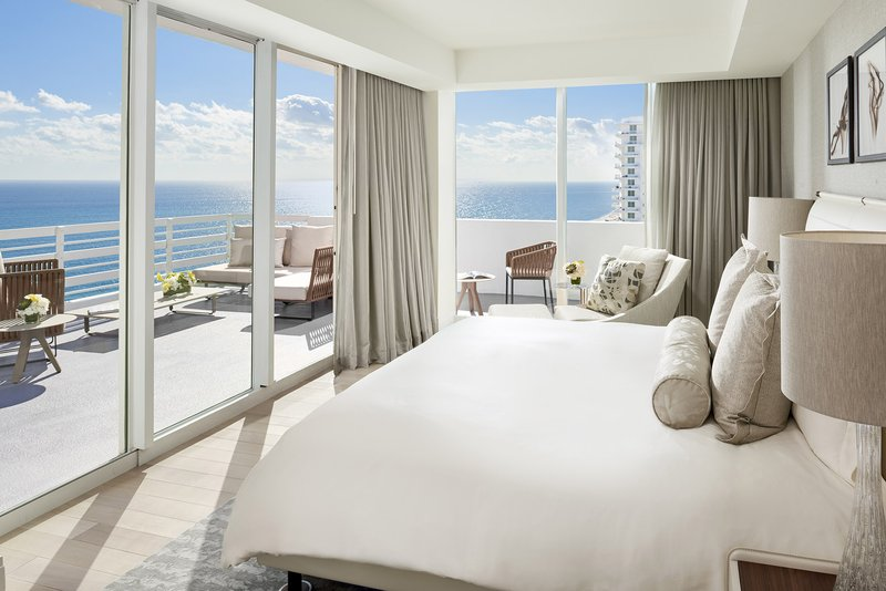 Fontainebleau Miami Beach - Le Ciel Master Bedroom <br/>Image from Leonardo
