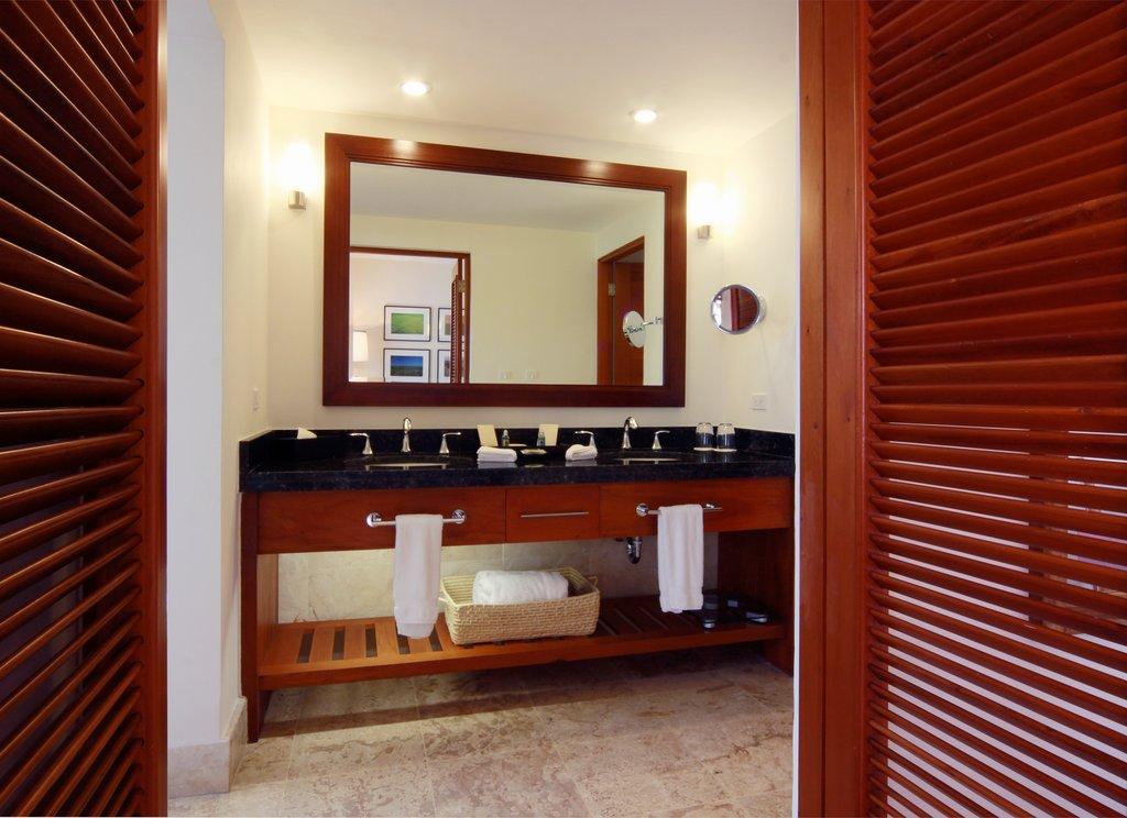 Casa De Campo - Elite Room Vanity <br/>Image from Leonardo