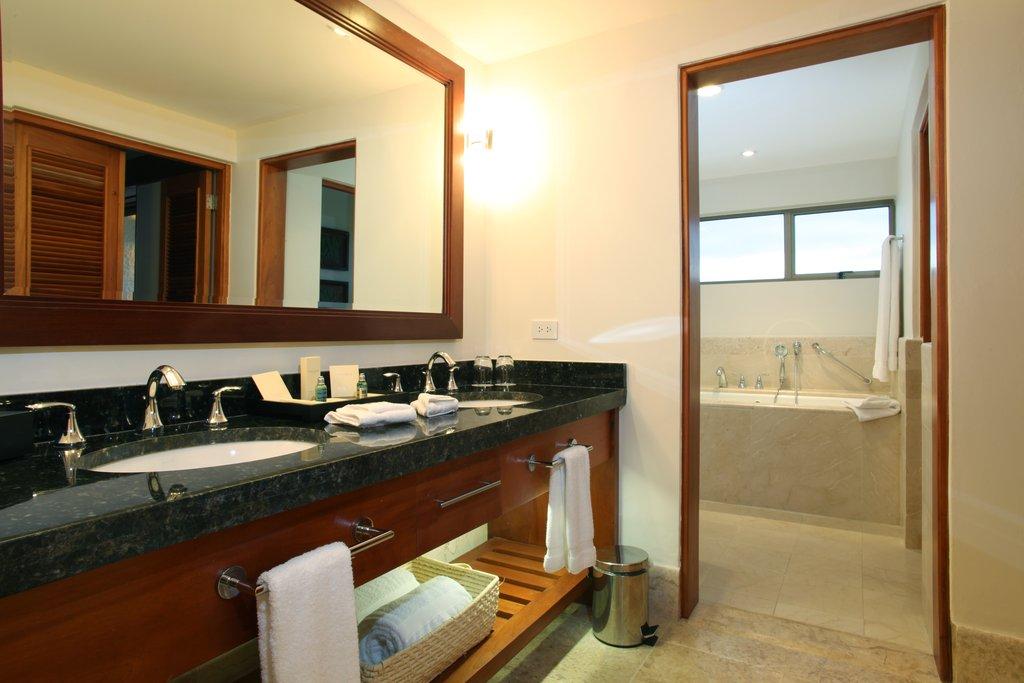 Casa De Campo - Elite Patio - Vanity <br/>Image from Leonardo
