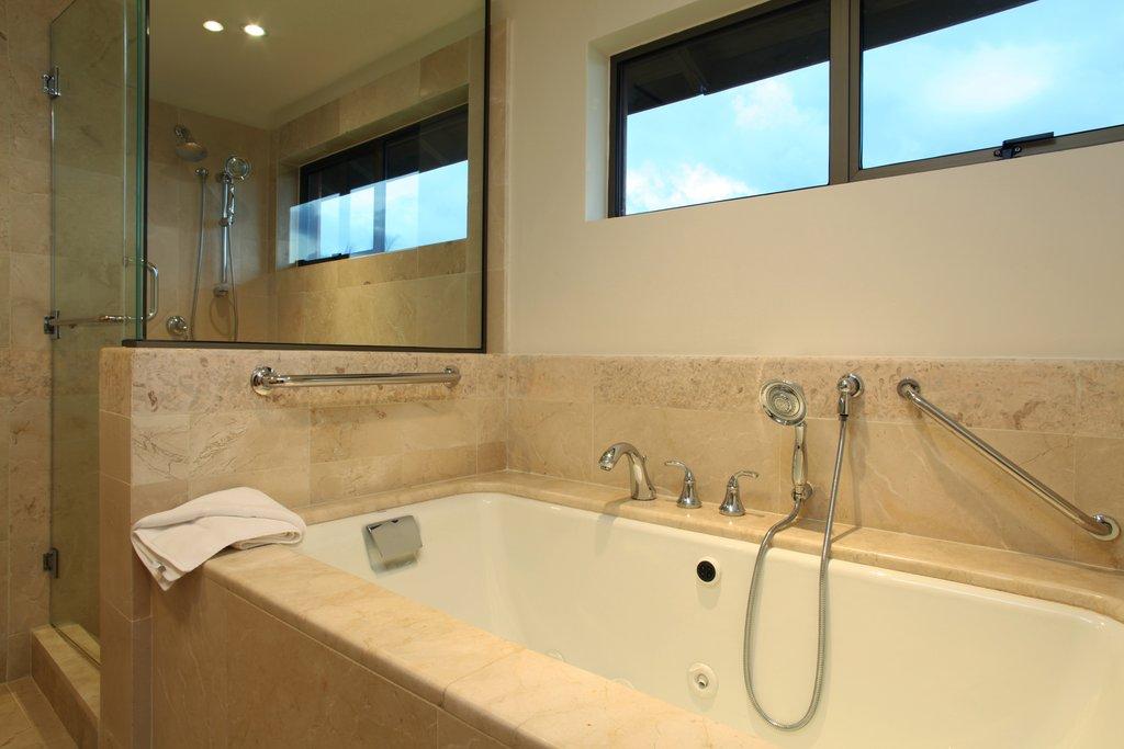 Casa De Campo - Elite Room - Bathtub <br/>Image from Leonardo