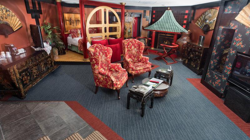 Best Western Fireside Inn-Suzie Wong.<br/>Image from Leonardo