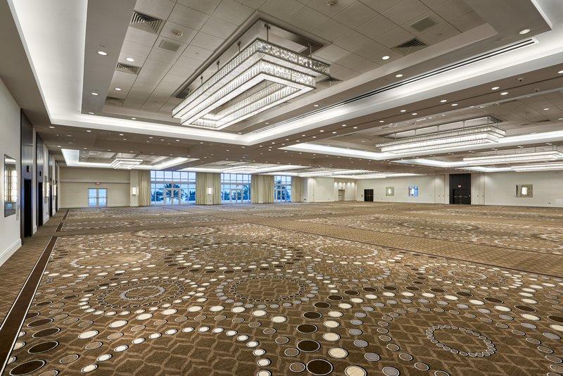 Fontainebleau Miami Beach - Glimmer Ballroom <br/>Image from Leonardo