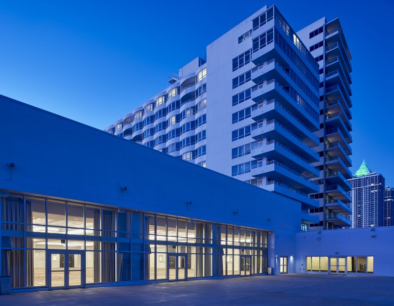 Fontainebleau Miami Beach - Glimmer Terrace <br/>Image from Leonardo