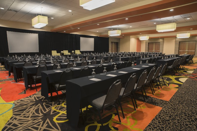 Holiday Inn Knoxville Downtown-Convention Center<br/>Image from Leonardo