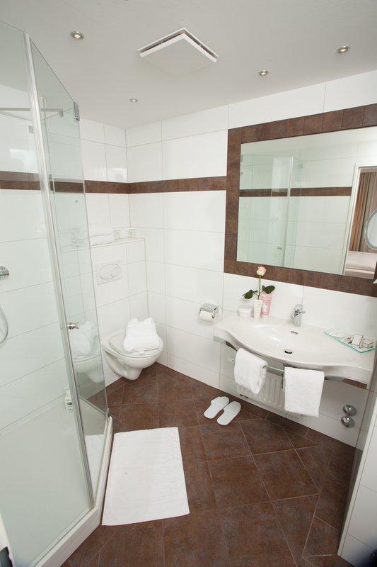 Daniel Hotel-Bathroom<br/>Image from Leonardo