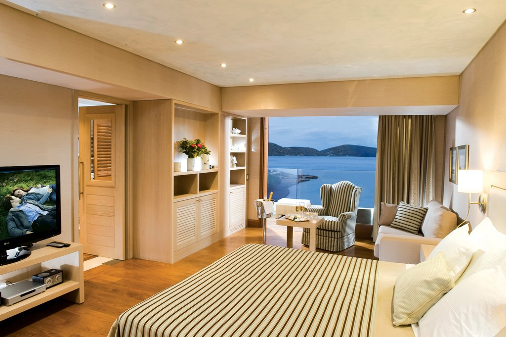 Elounda Bay Palace-Deluxe Hotel Suite Seaview<br/>Image from Leonardo