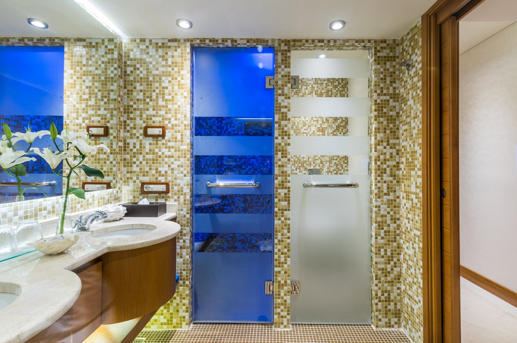 Elounda Bay Palace-Deluxe Room Seaview Bathroom<br/>Image from Leonardo