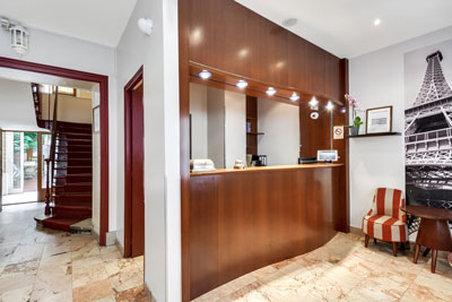 Aparthotel Pavillon Courcelles Parc Monceau-Reception<br/>Image from Leonardo