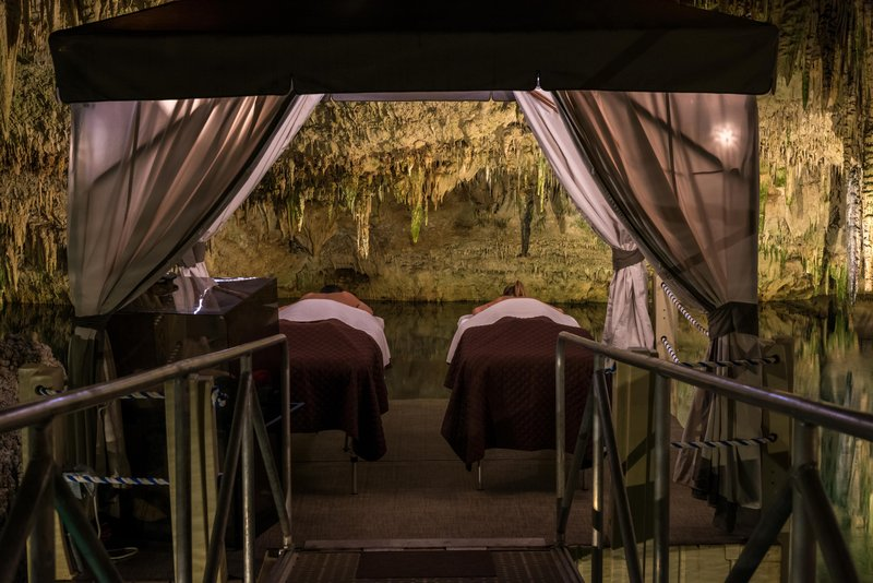 Grotto Bay Resort-Spa Couples Treatment Room<br/>Image from Leonardo
