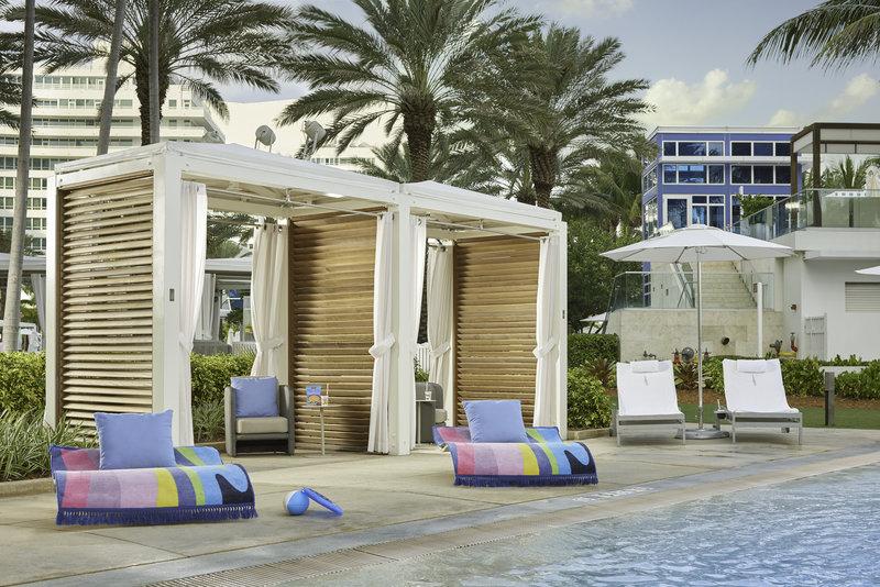Fontainebleau Miami Beach - Family Cabana <br/>Image from Leonardo