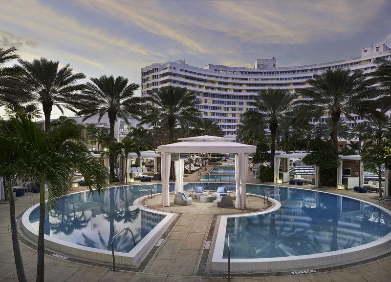 Fontainebleau Miami Beach - Island Cabana <br/>Image from Leonardo