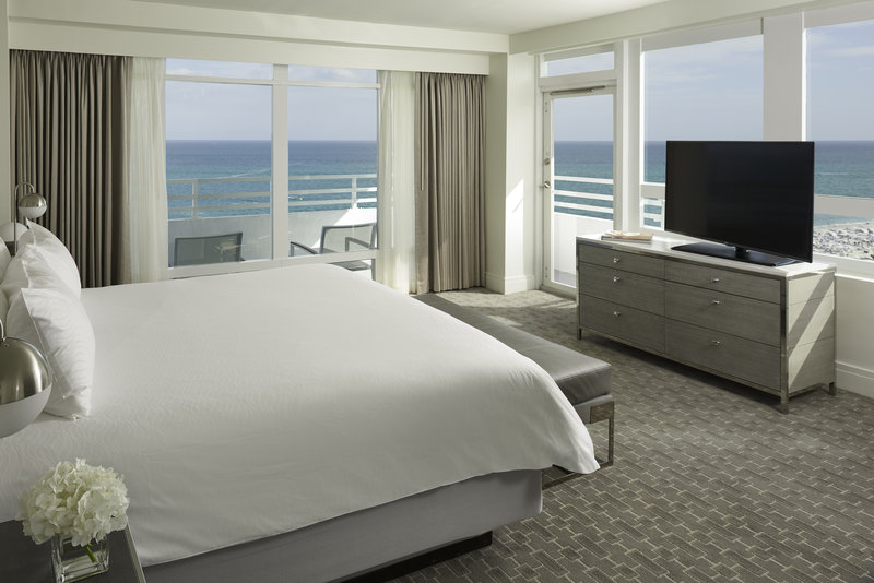 Fontainebleau Miami Beach - Ocean-Front-One-Bedroom-Suite <br/>Image from Leonardo