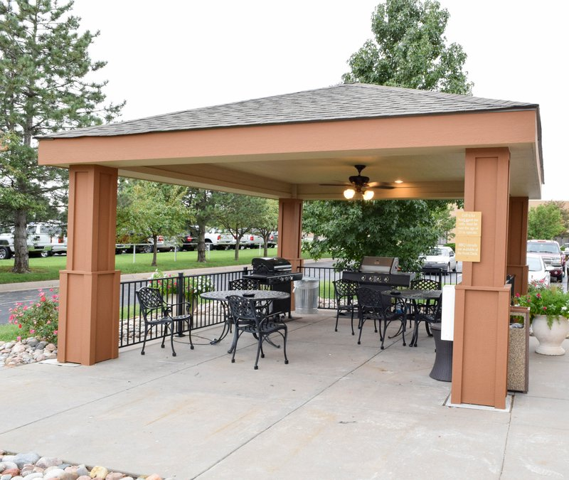 Candlewood Suites Wichita-Airport-Grilling out is just one of our comforts of home!<br/>Image from Leonardo