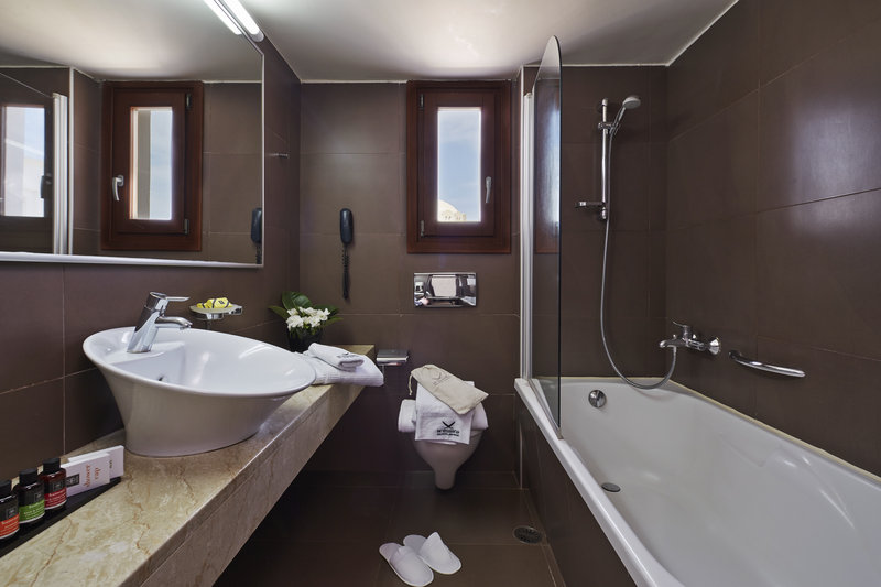 Aressana Spa Hotel & Suites-Bathroom<br/>Image from Leonardo