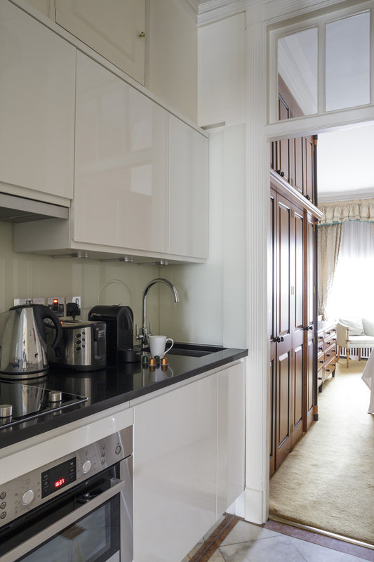 44 Curzon Street by Mansley -Guest Room Kitchen<br/>Image from Leonardo