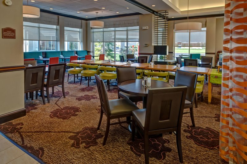 Hilton Garden Inn Indianapolis Northeast/Fishers-Dining Area<br/>Image from Leonardo