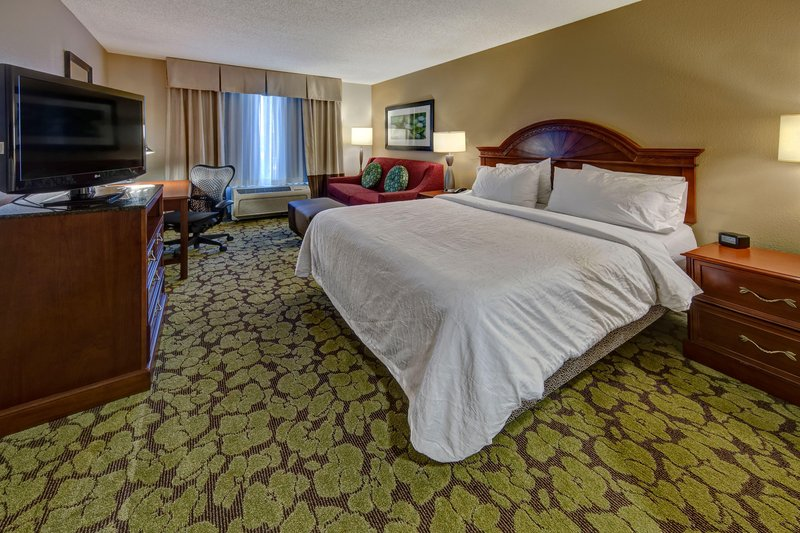 Hilton Garden Inn Indianapolis Northeast/Fishers-King with Sofabed<br/>Image from Leonardo