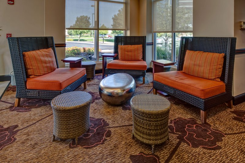 Hilton Garden Inn Indianapolis Northeast/Fishers-Lobby Seating<br/>Image from Leonardo