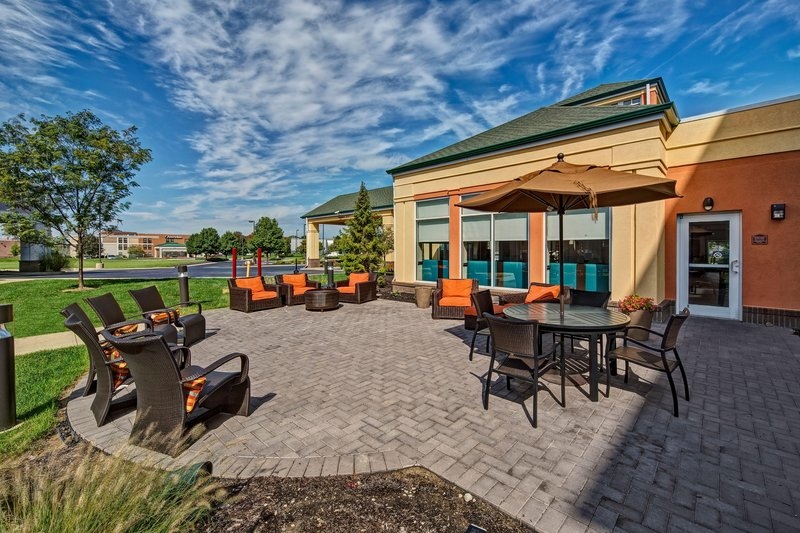 Hilton Garden Inn Indianapolis Northeast/Fishers-Outdoor Patio<br/>Image from Leonardo