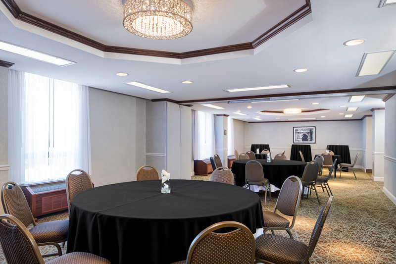 DoubleTree by Hilton Hotel Philadelphia Airport-Breakout Space<br/>Image from Leonardo