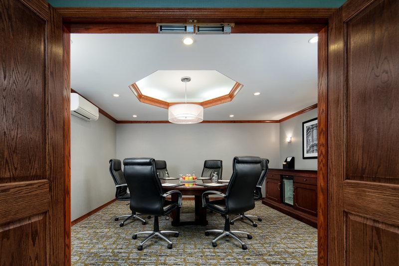 DoubleTree by Hilton Hotel Philadelphia Airport-Keystone Room<br/>Image from Leonardo