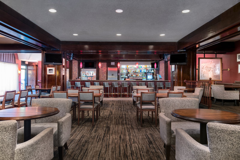 DoubleTree by Hilton Hotel Philadelphia Airport-Players Sport Bar<br/>Image from Leonardo