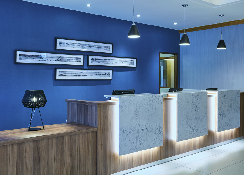 Jurys Inn Cheltenham-Reception<br/>Image from Leonardo
