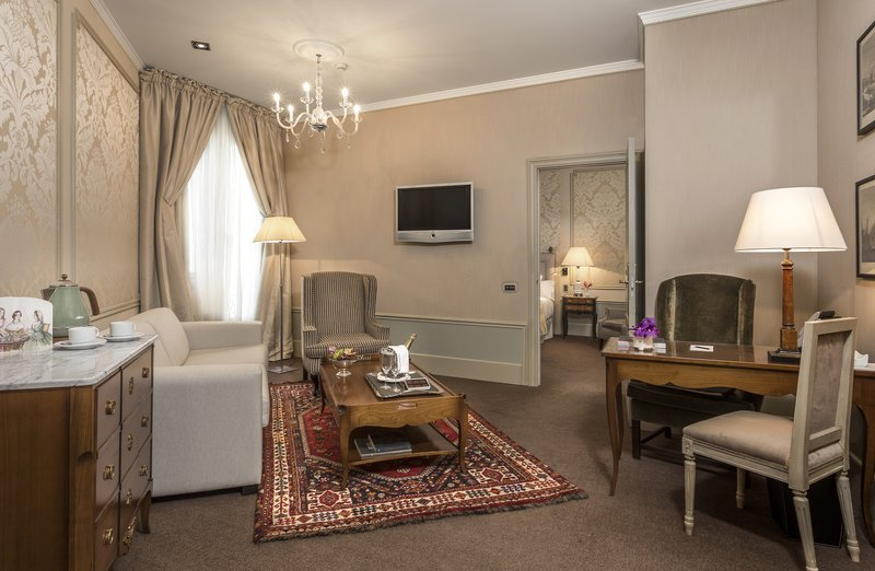 El Palace-The Superior Suite<br/>Image from Leonardo