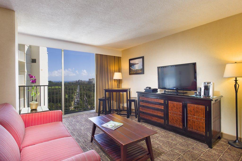 Aston Waikiki Beach Hotel - Aloha Suite Partial Ocean View <br/>Image from Leonardo