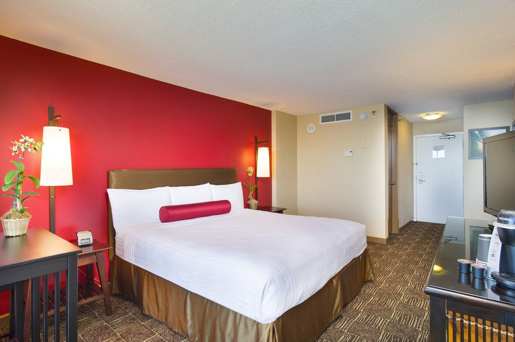 Aston Waikiki Beach Hotel - Hotel Room King <br/>Image from Leonardo