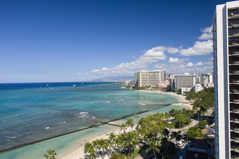 Aston Waikiki Beach Hotel - Hotel Room Ocean View Deluxe <br/>Image from Leonardo