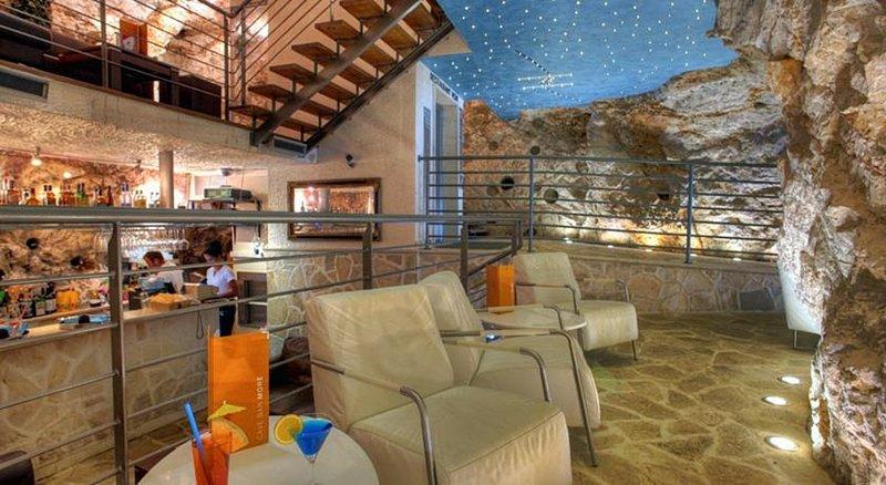 Boutique Hotel More-800026 Bar/Lounge<br/>Image from Leonardo