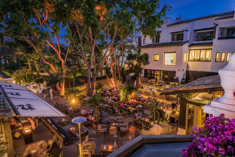 Hotel Puente Romano-La Plaza At Night<br/>Image from Leonardo
