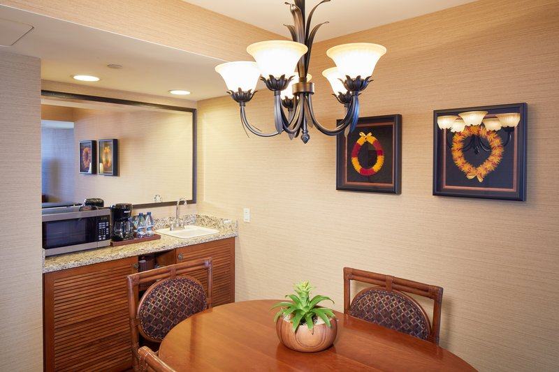 Outrigger Reef Waikiki Beach Resort - Outrigger Reef Waikiki Beach 1 Bedroom Ocean Front Suite <br/>Image from Leonardo