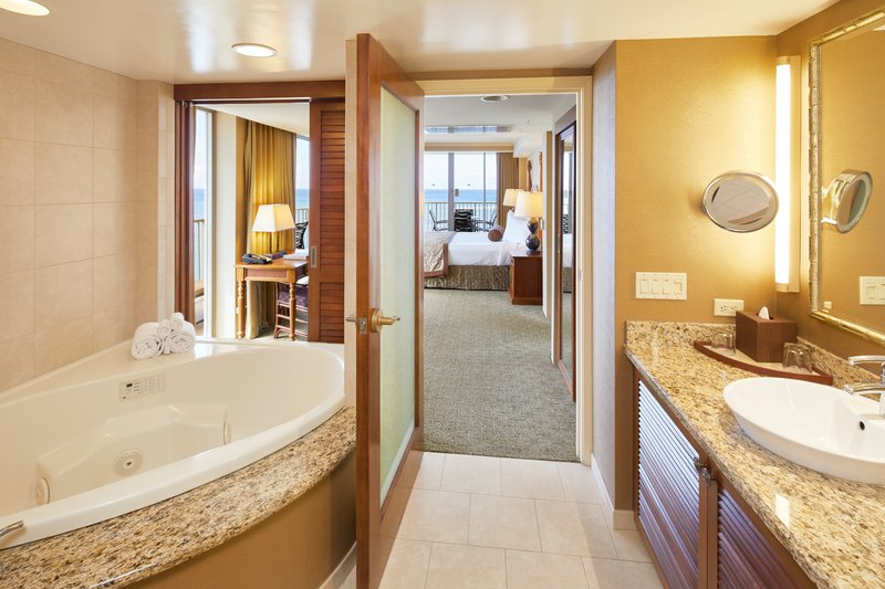Outrigger Reef Waikiki Beach Resort - Outrigger Reef Waikiki Beach 1 Bedroom Ocean Front Suite Bathroom <br/>Image from Leonardo