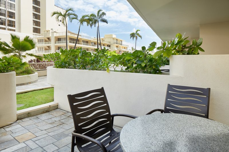 Outrigger Reef Waikiki Beach Resort - Outrigger Reef Waikiki Beach Cityview Double Bed Garden <br/>Image from Leonardo