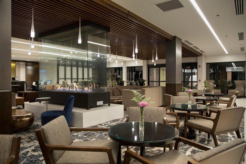 DoubleTree by Hilton Syracuse-Hotel Lobby Seating Area<br/>Image from Leonardo