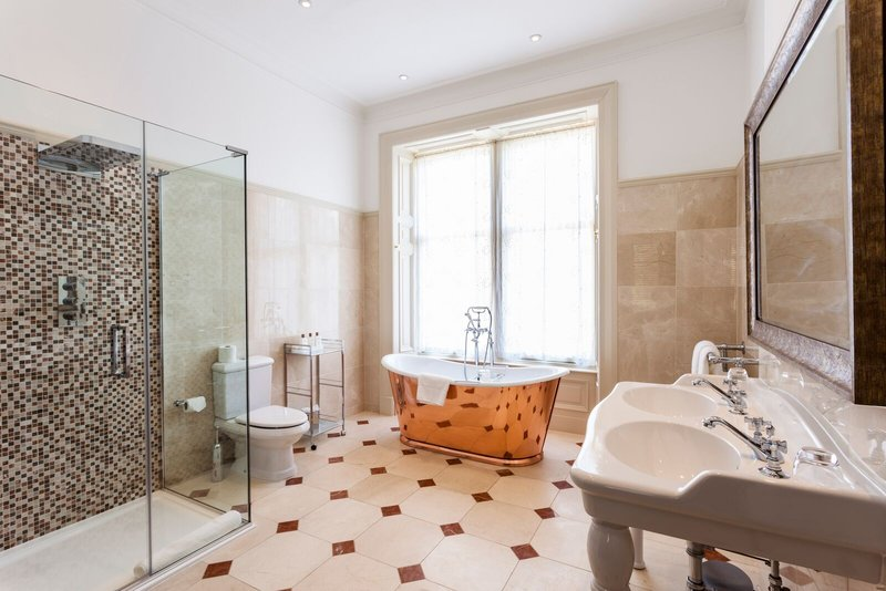 Cromlix House Hotel-Suite Bathroom<br/>Image from Leonardo