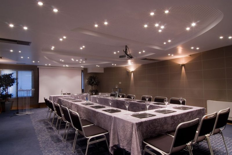 Athenian Callirhoe Hotel-Meeting Room<br/>Image from Leonardo